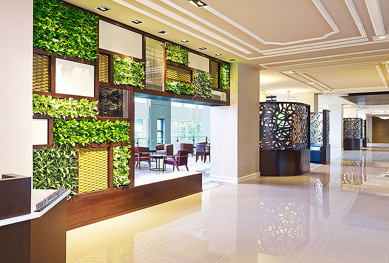 6 inspiring ideas for vertical gardens in restaurant amp bar